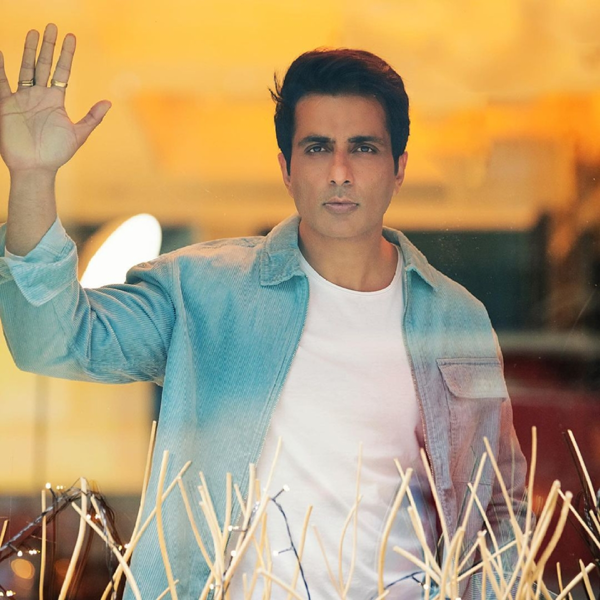 'Time to do something for the country': Sonu Sood's message for those who 'show patriotism on Independence Day'