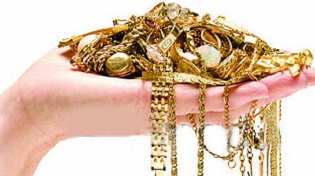 Mumbai crime watch: 4 arrested for cheating jewellers with fake gold
