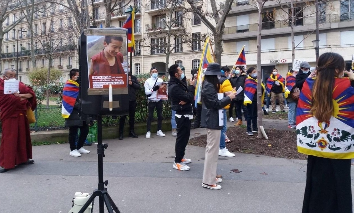 Protest outside China embassy in France against Tibetan monk's brutal in Chinese jail