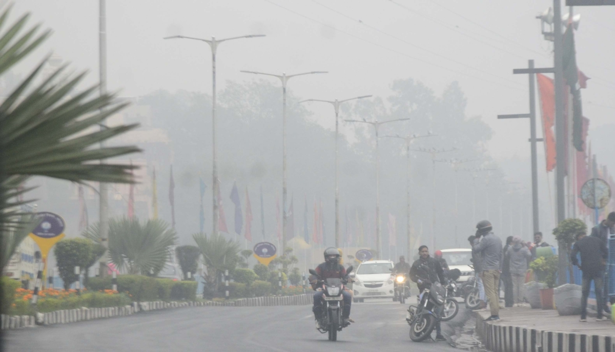 A thick fog envelops the state capital, Bhopal, on Saturday.