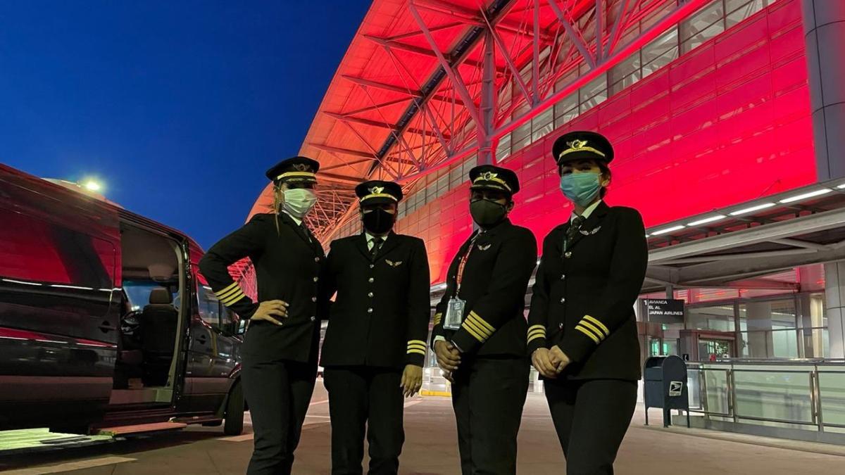 Members of the crew are: Captain Zoya Aggarwal, Captain Papagari Thanmai, Captain Akansha Sonaware and Captain Shivani Manhas.