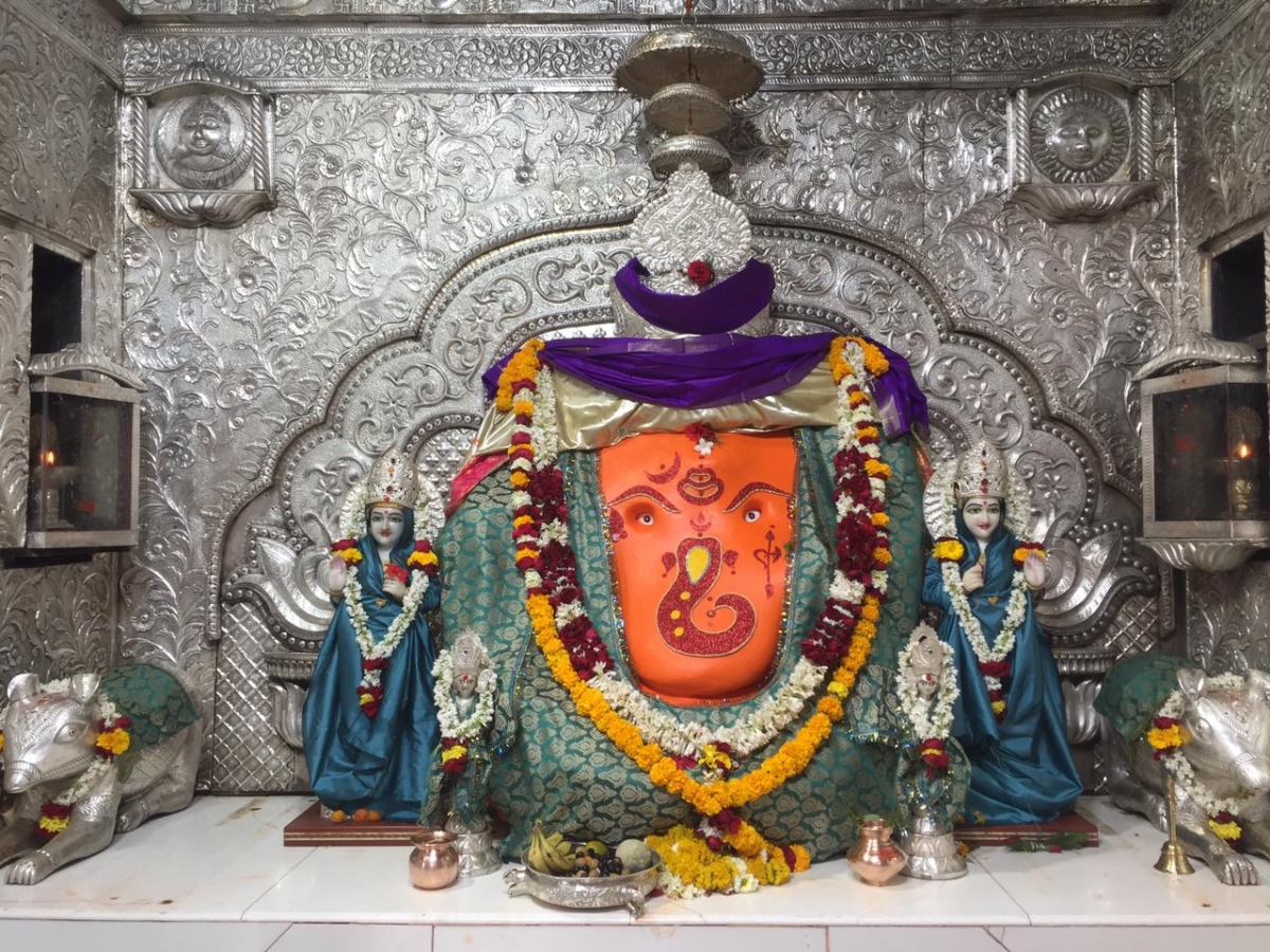INDORE: Khajrana Ganesh to be decorated with gold ornaments, pearls and flowers