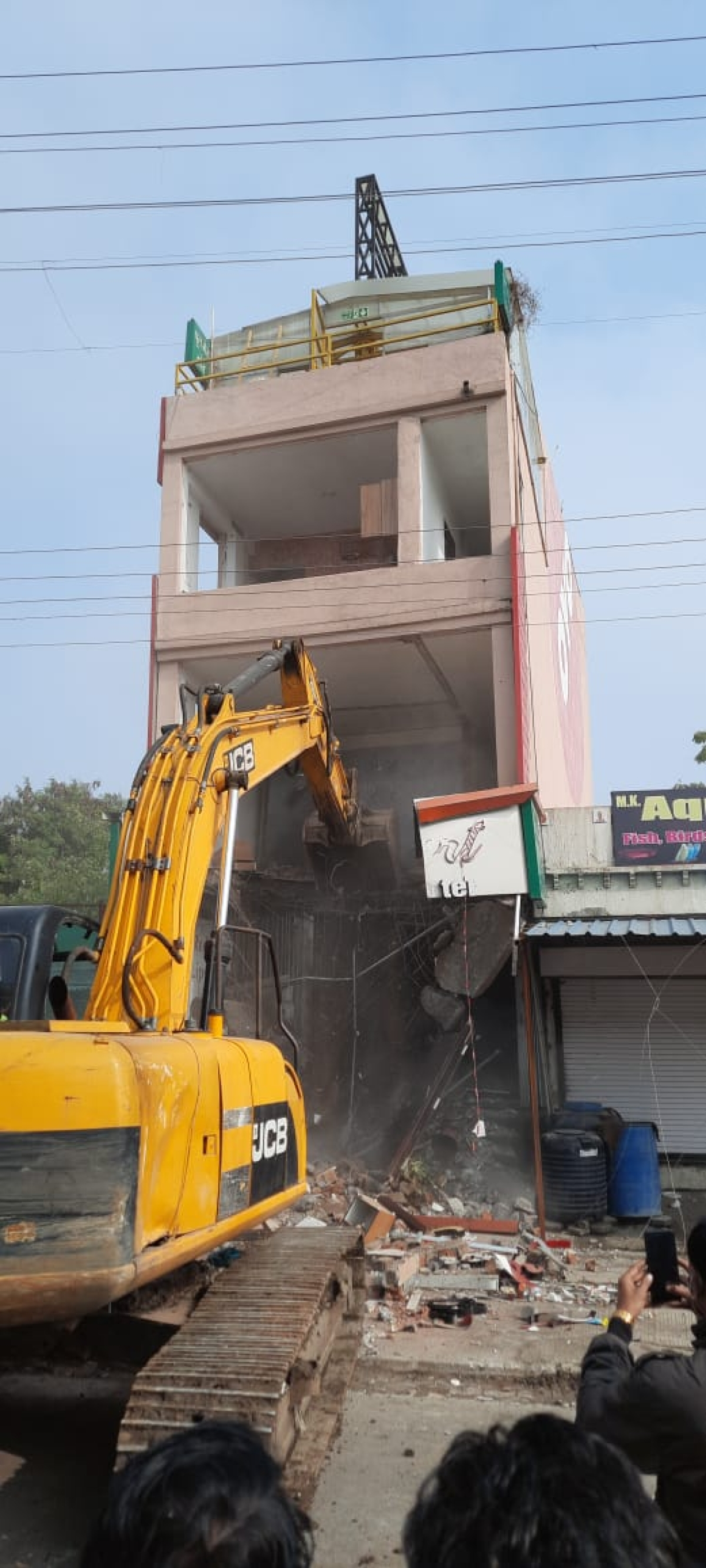 Sweetheart hotel was demolished in Indore on Sunday