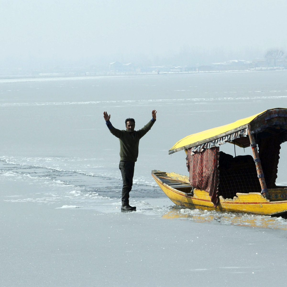 At minus 8.4 degrees, Srinagar records lowest temperature in 30 years