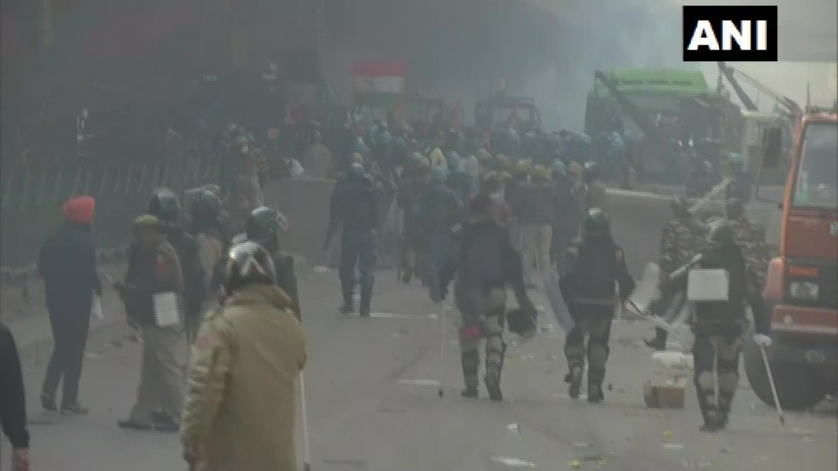Police use force to stop protesters in Nangloi