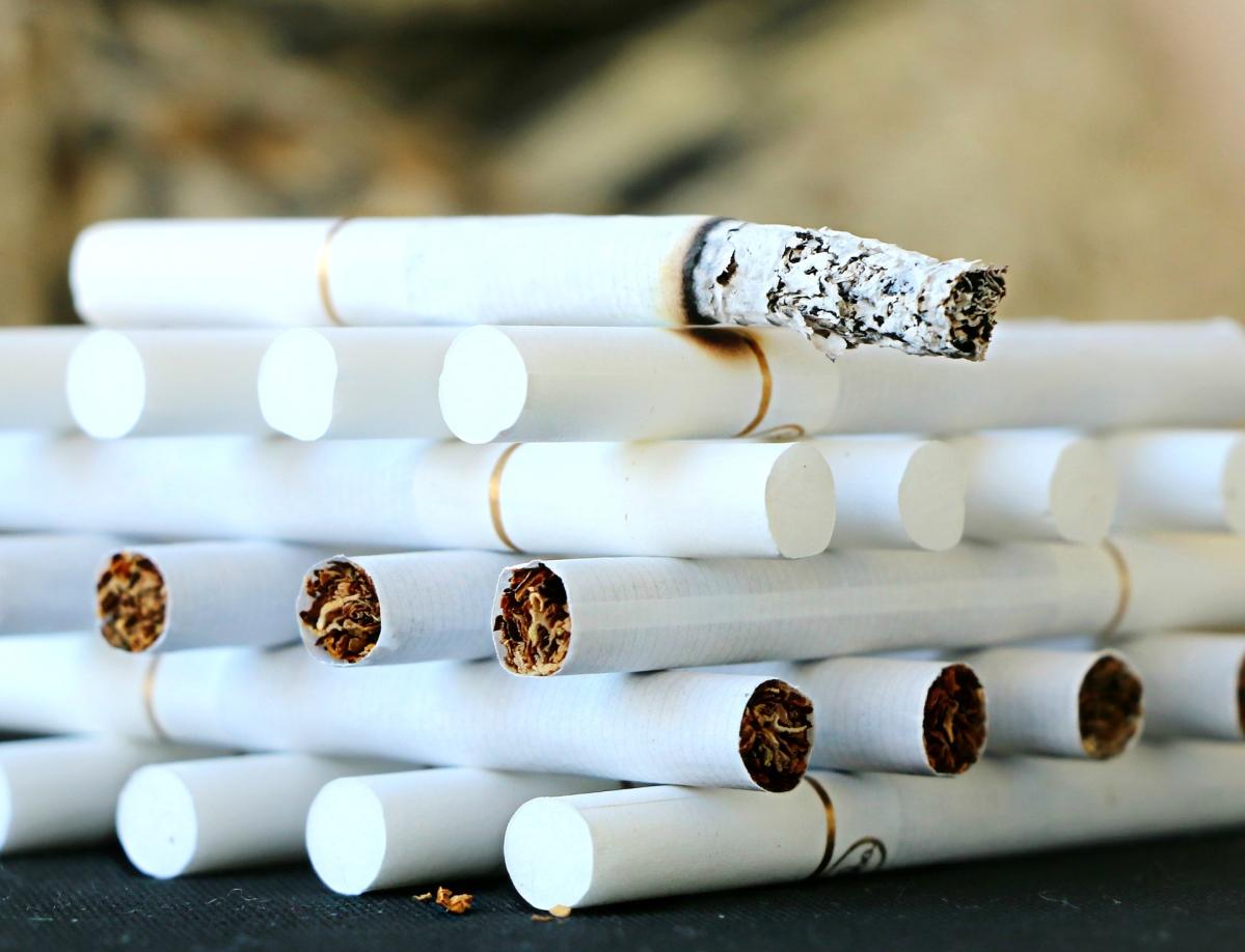 Mumbai: DRI recovers 18 lakh sticks of smuggled Gudang Garam cigarettes worth around Rs 3.24 crore