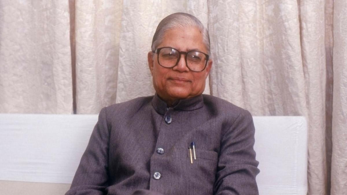 Former Gujarat CM and Congress leader Madhav Singh Solanki passes away