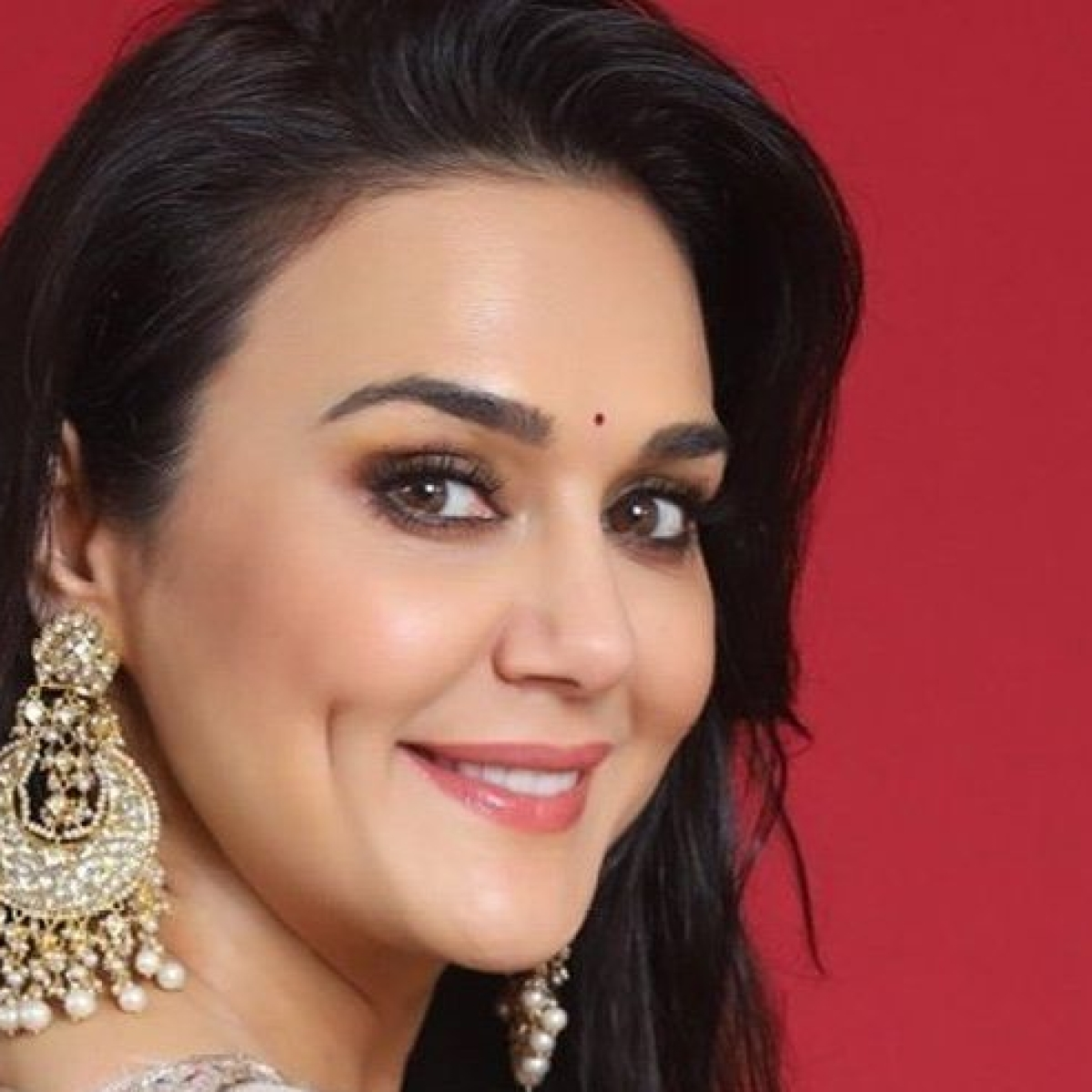 Mumbai: No relief for Preity Zinta in three Khar flats sale row