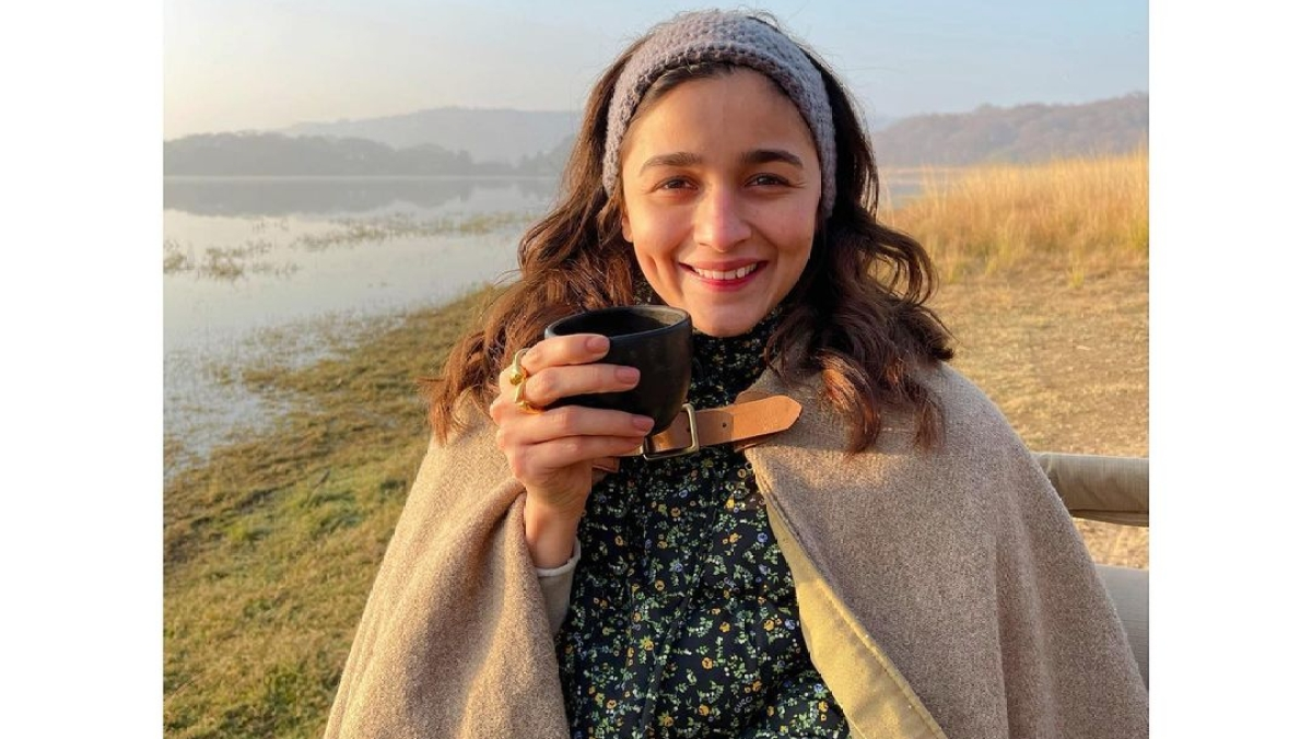 Watch: Alia Bhatt gives glimpse of her jeep jungle safari from Ranthambore trip with beau Ranbir Kapoor
