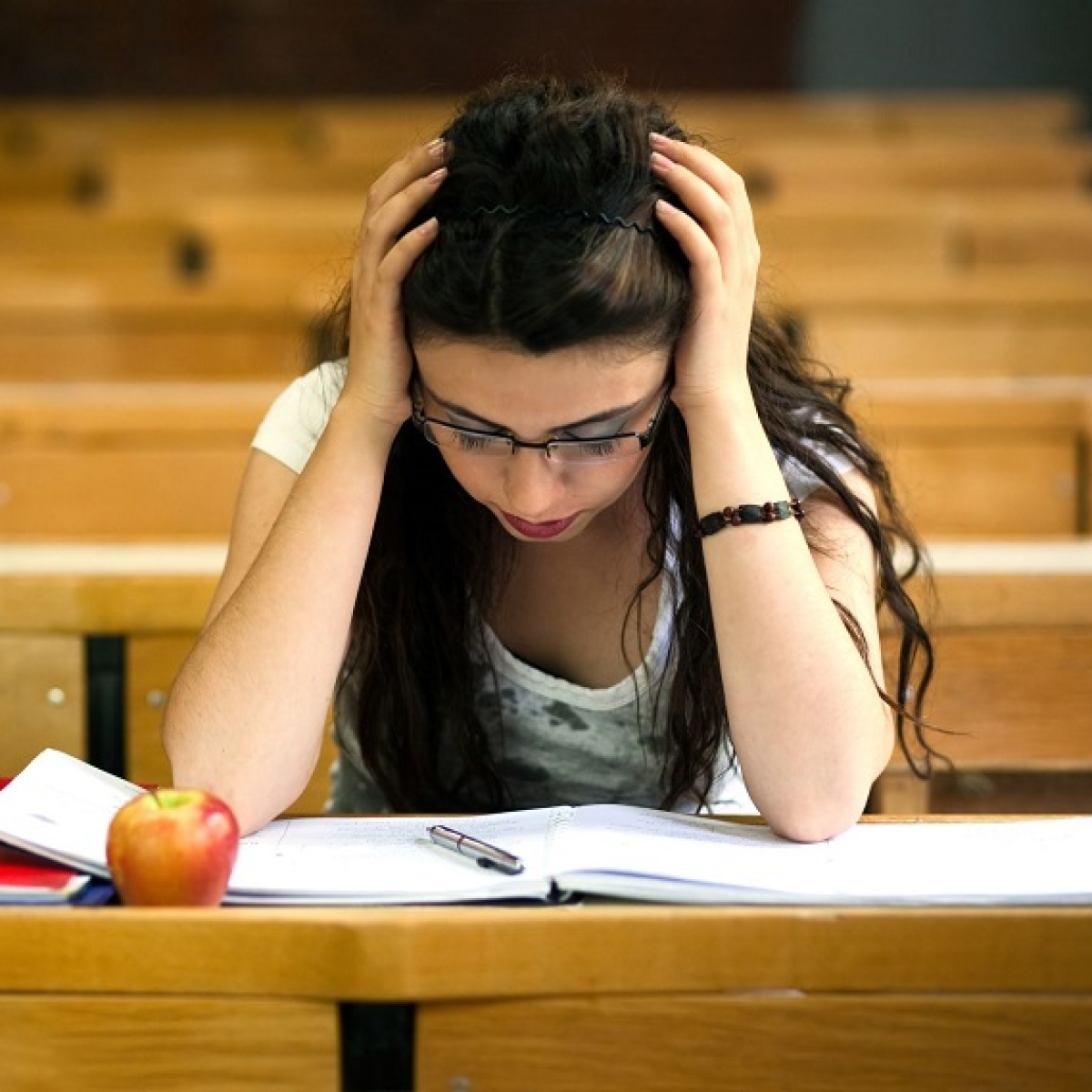 #MentalHealth: Dealing with study pressure, and resentment towards dad… Dr Anjali Chhabria helps find a solution