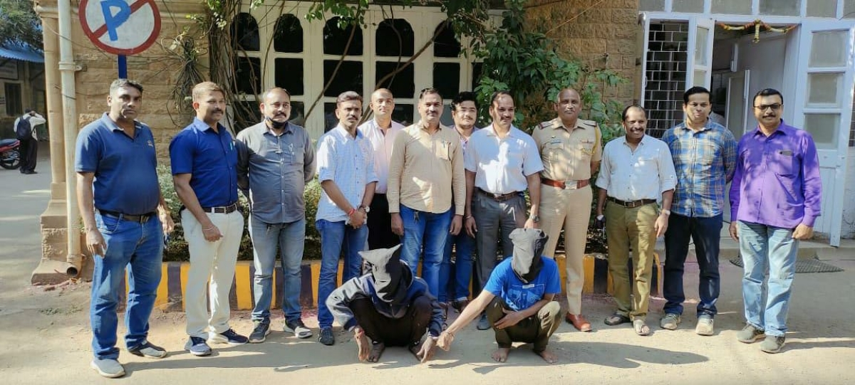 Mumbai: History sheeters attack watchman with screw driver, tried to rob a medical store, arrested
