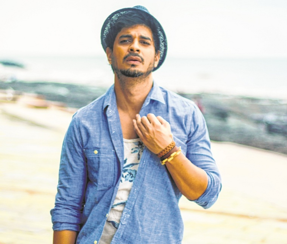 From Haruki Murakami to Eckhart Tolle: Actor Tahir Raj Bhasin gives a glimpse into his reading habits