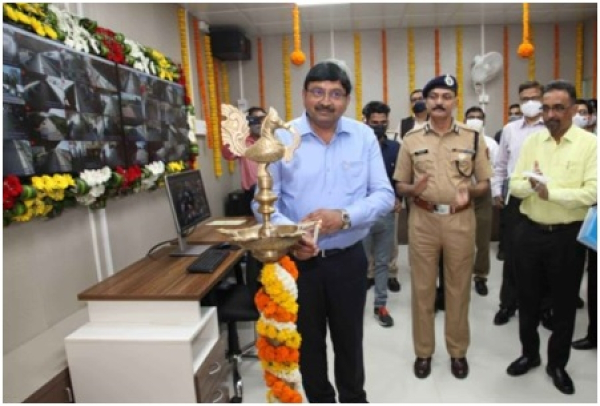 Alok Kansal – General Manager of Western Railway inaugurates centralized VSS control room at Churchgate