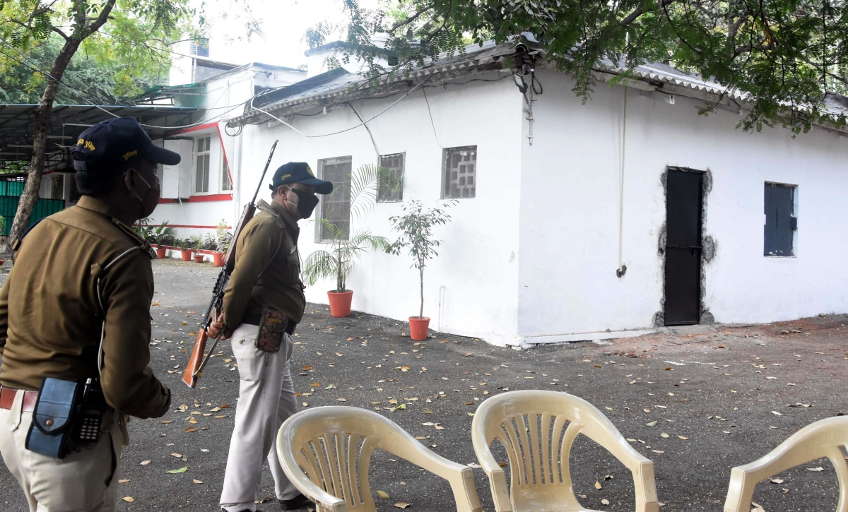 Bhopal: Burglars break into minister's bungalow, decamp with TV set