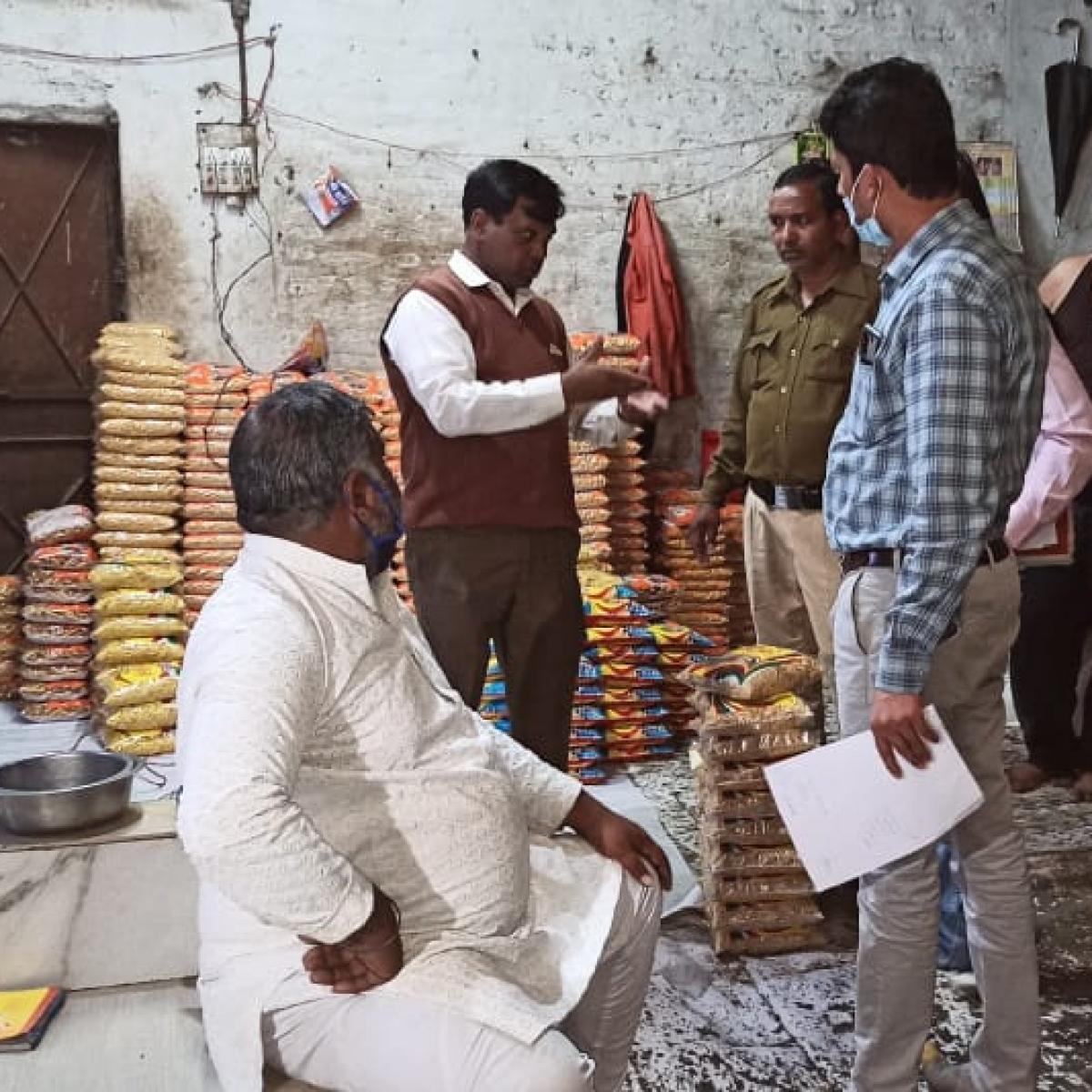 Ujjain: 400 Kg substandard namkeen seized