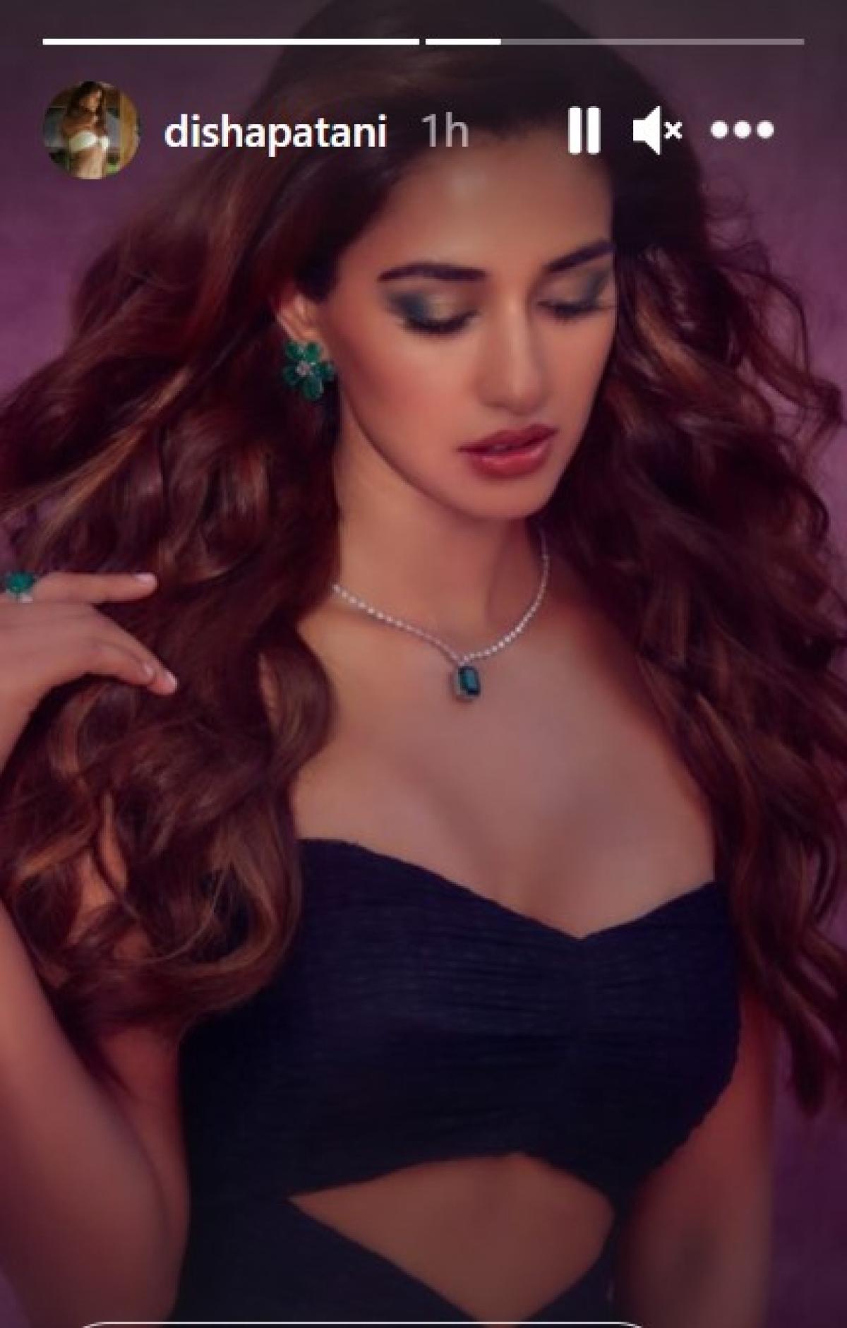 Disha Patani beats Monday blues with her black and bold avatar