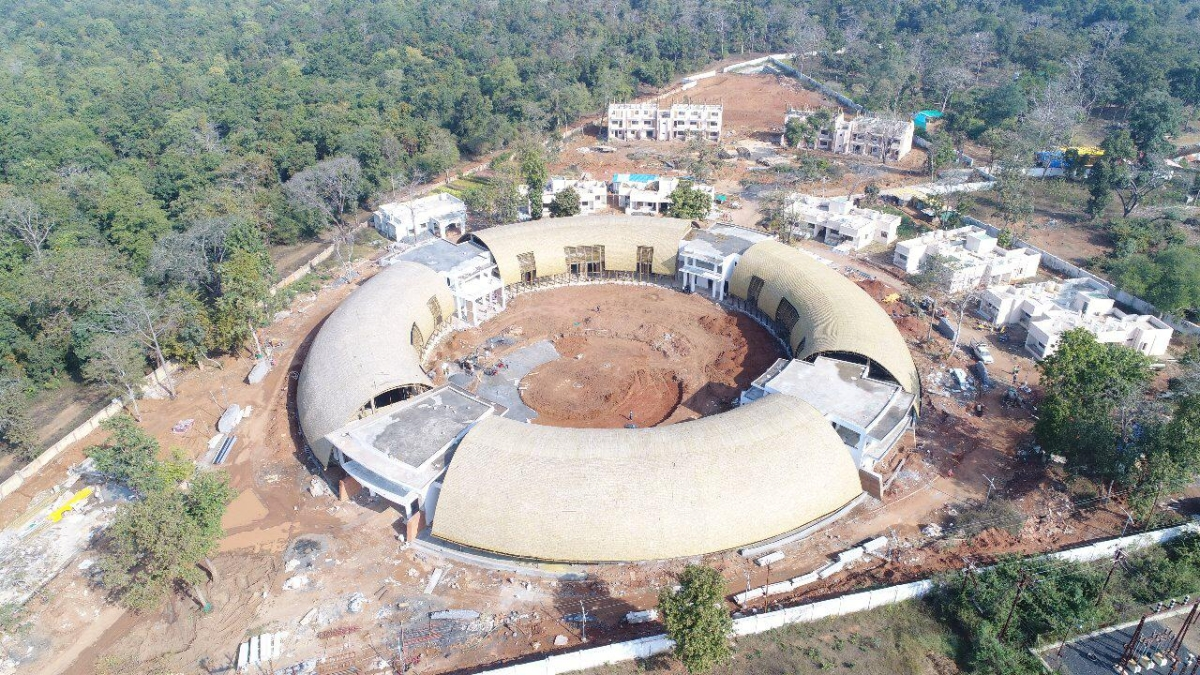 Chandrapur: 2 blocks of bamboo research centre gutted in major fire; BJP's Sudhir Mungantiwar demands CID probe