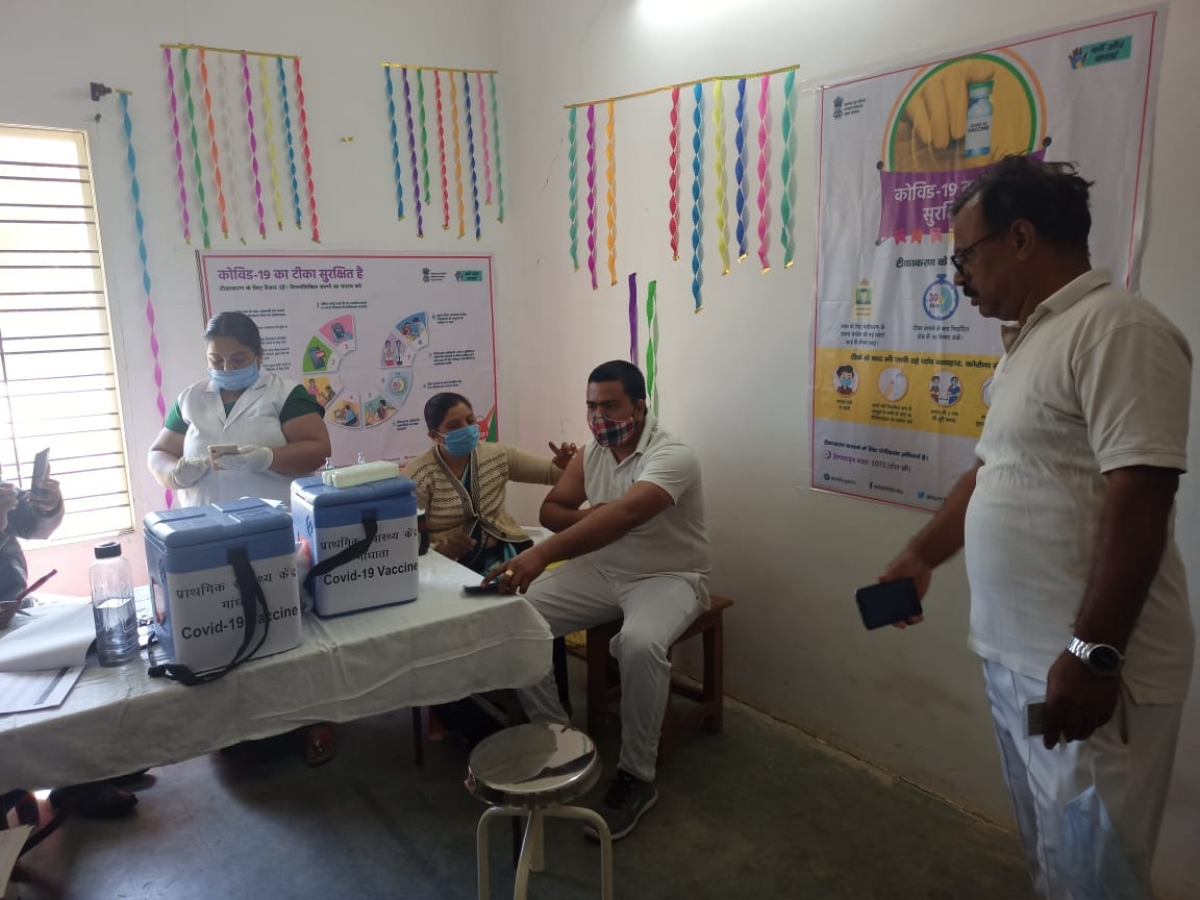 COVID vaccination in Madhya Pradesh: 30 jawans of CISF get vaccinated in Omkareshwar