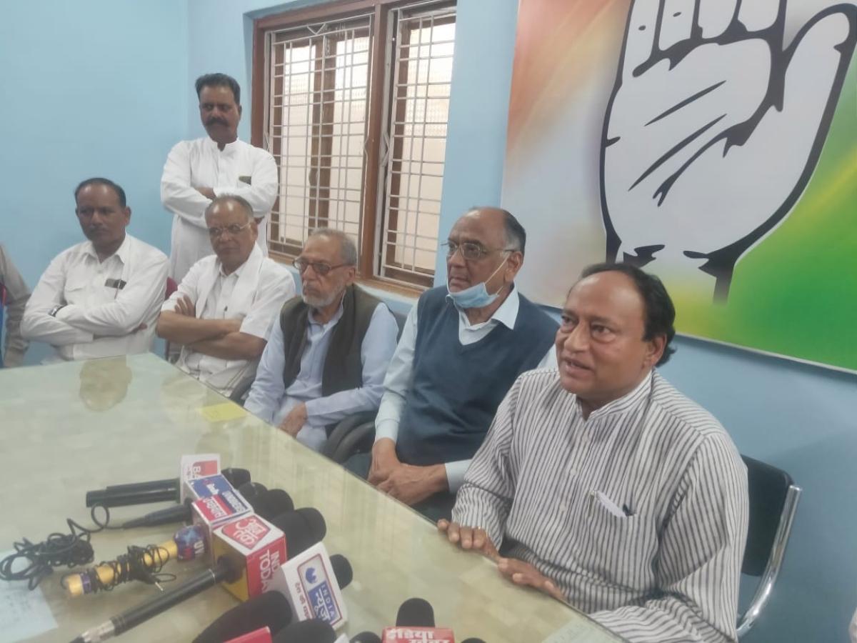 Chhachoda MLA Laxman Singh talking to mediapersons in Guna on Thursday