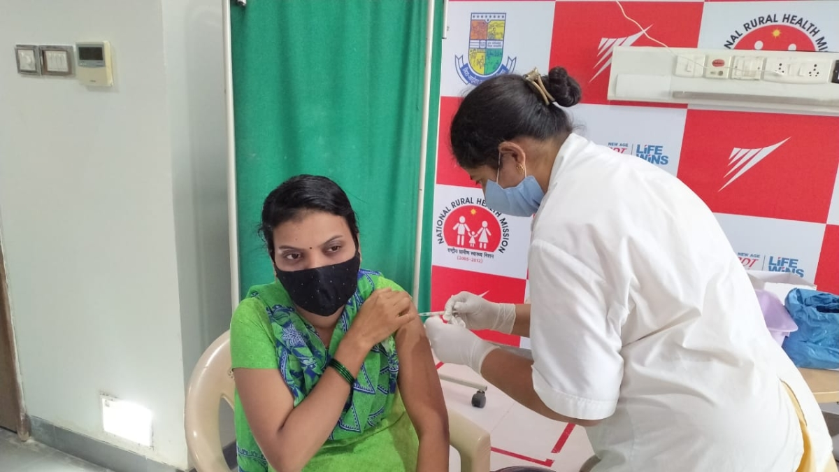 COVID-19 vaccination drive in Mira Bhayandar: 4,153 health care workers vaccinated by MBMC in 12 Days