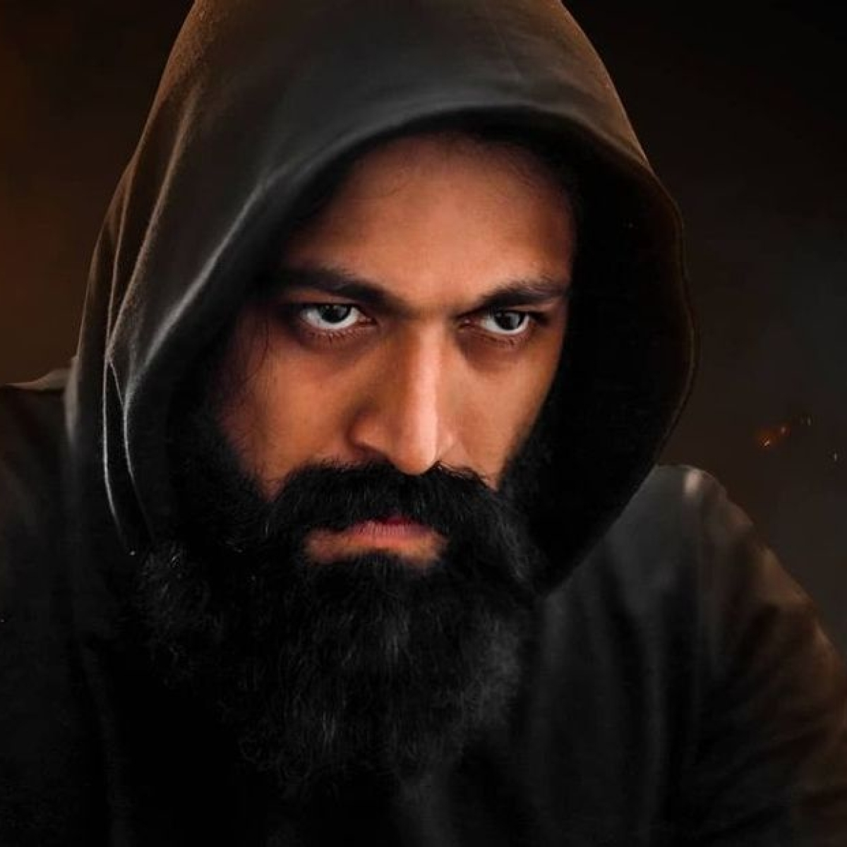 'Die-hard fan' of 'KGF' star Yash commits suicide; wishes for the actor to be present at his funeral