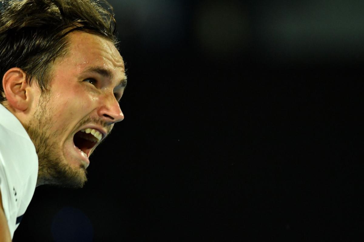 Medvedev's streak at 20; Faces Djokovic in Australian Open final on Sunday