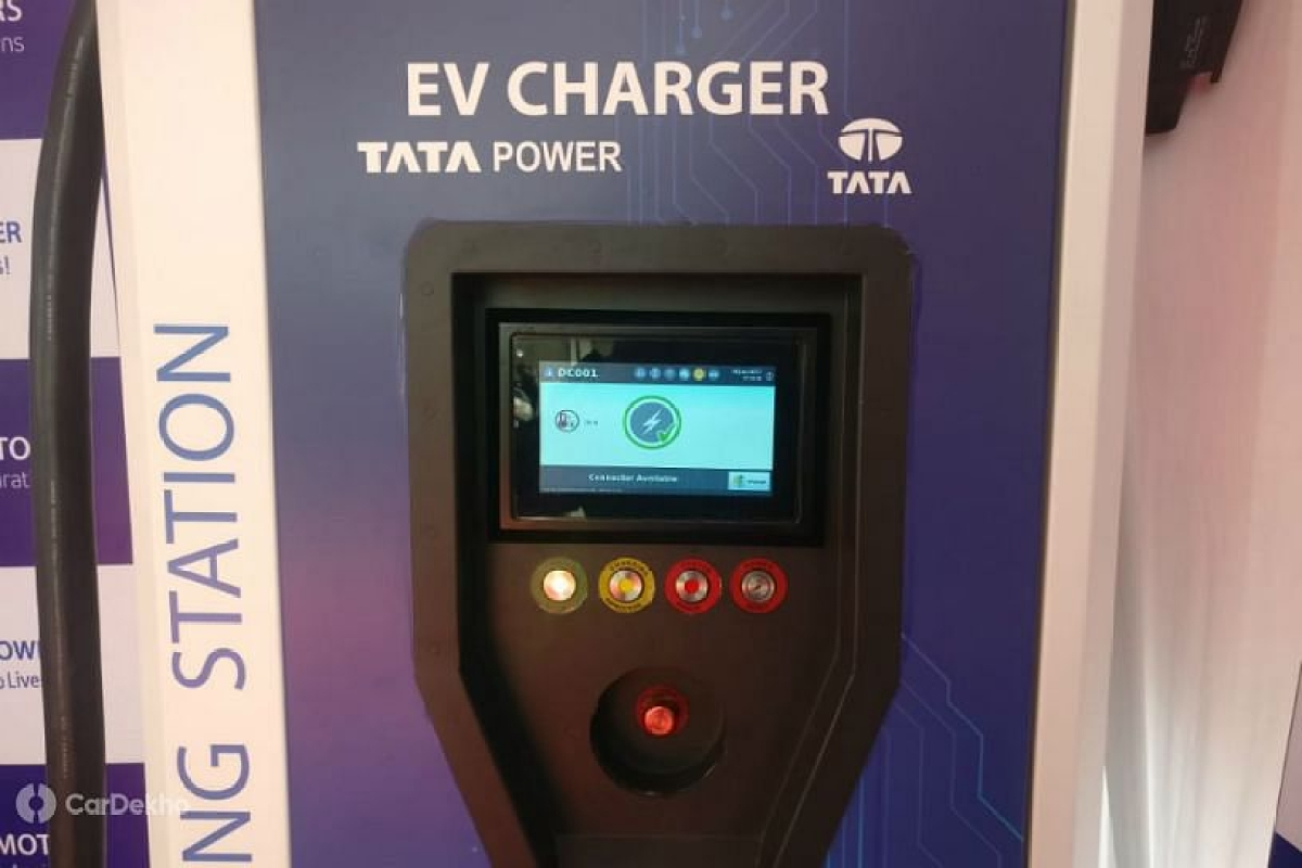 CSMT, Thane, Dadar, Parel and Byculla and other Central Line railway stations soon to have charging points for electric vehicles