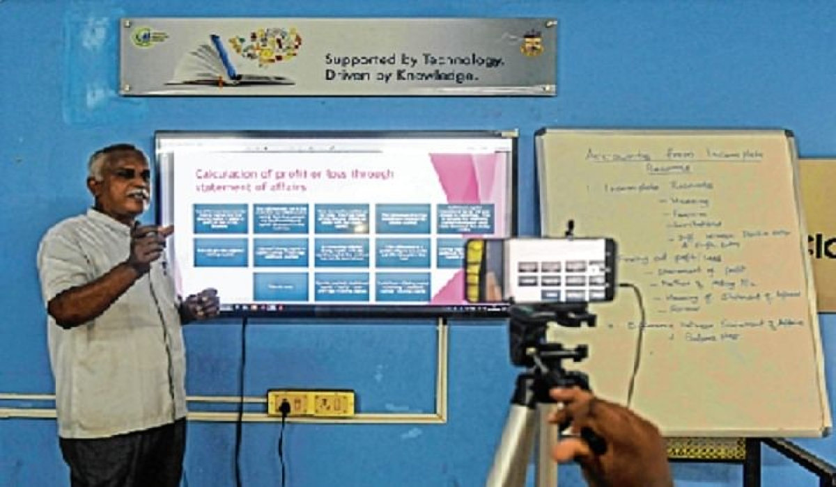 Educationists unhappy for lack of allocation for digital education, blended learning