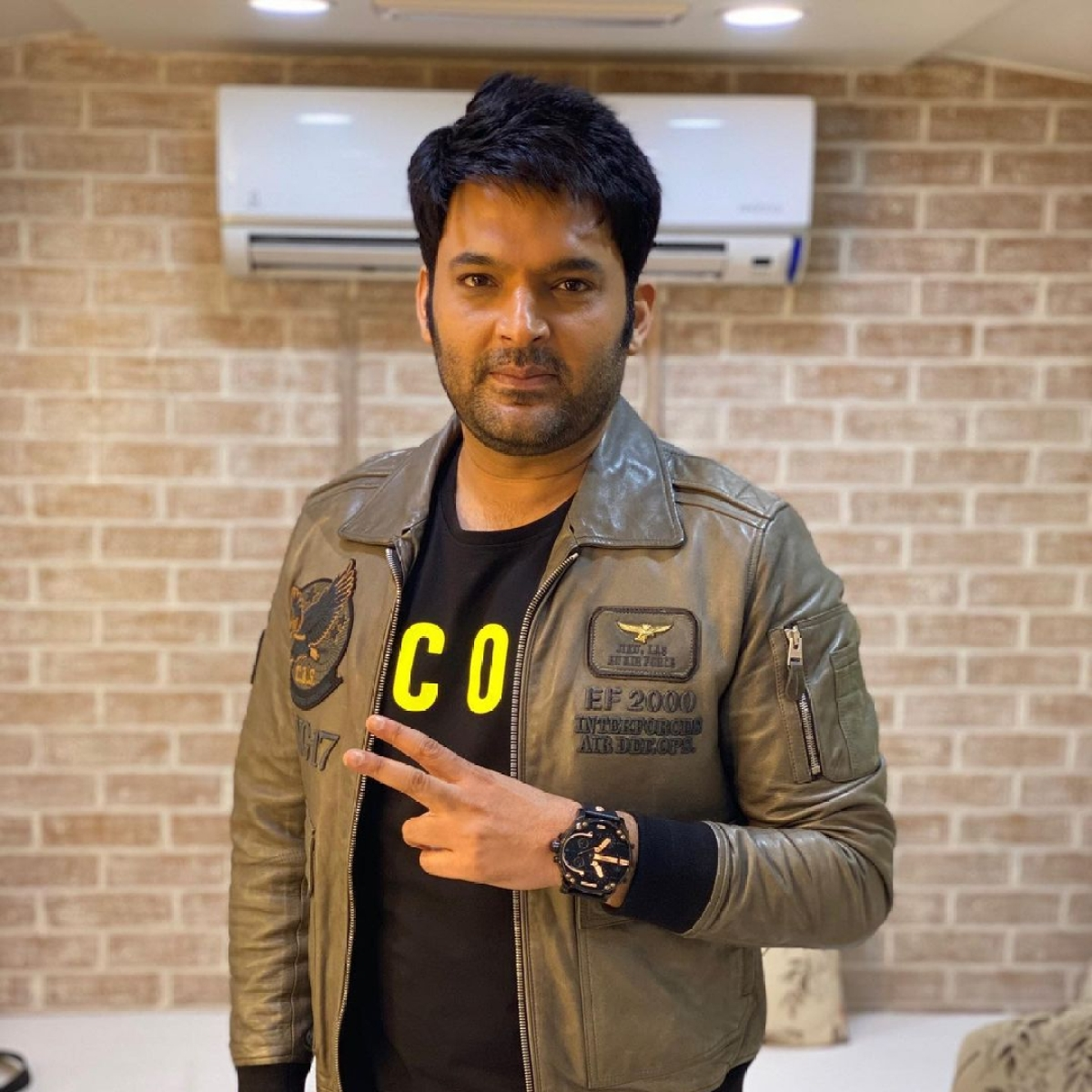 Kapil Sharma shares health update after being spotted at Mumbai airport in a wheelchair