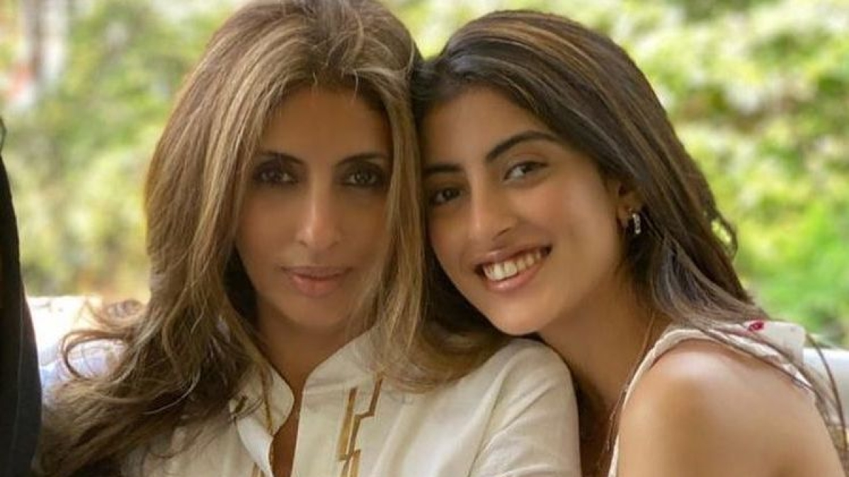Shweta Bachchan's daughter Navya Naveli schools troll who asked 'what does her mother do'