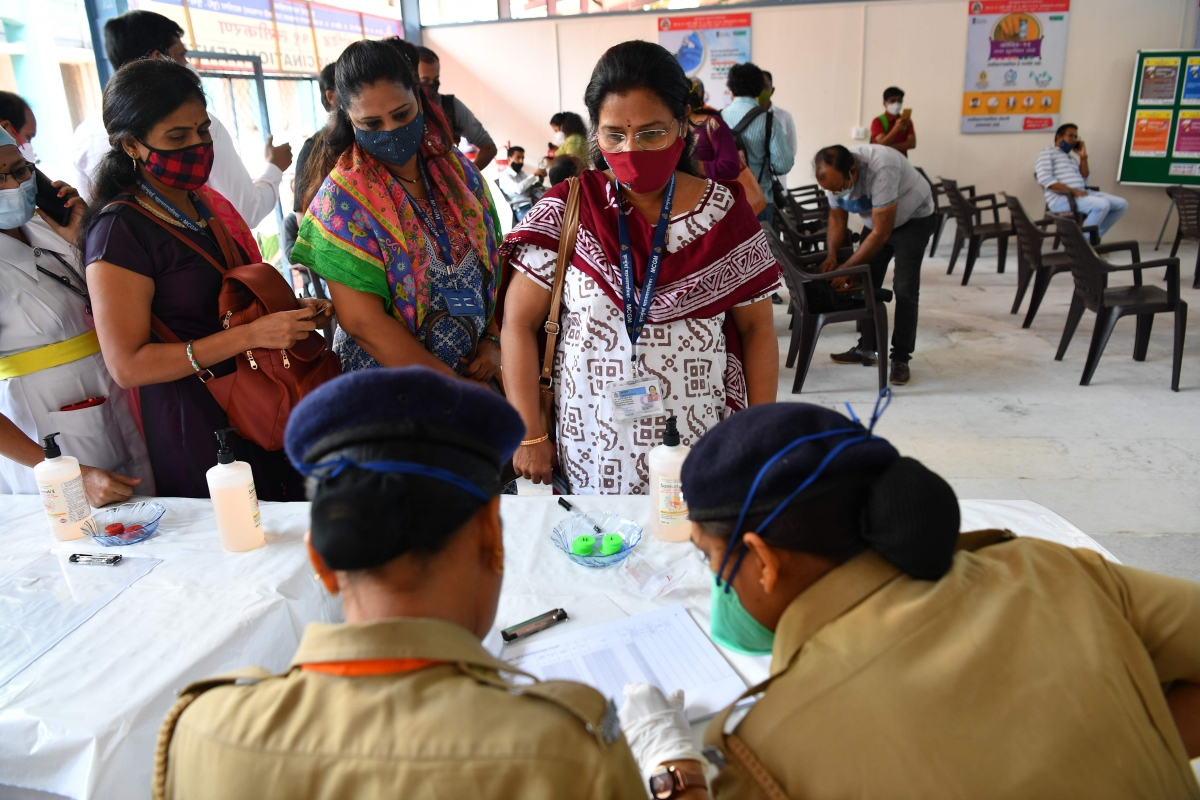 Mumbai logs 1,145 new COVID cases in past 24 hours