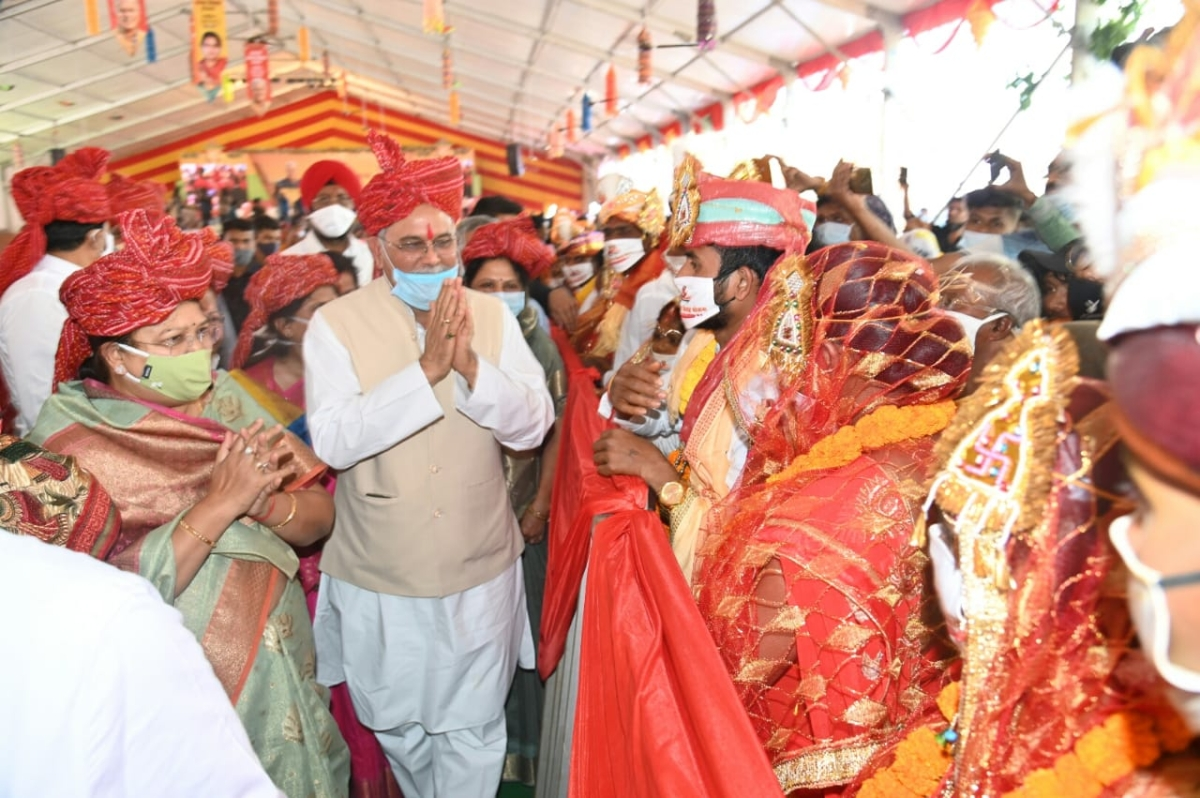 Chhattisgarh: Mass marriage of 3,229 couples recorded in Golden Book of World Records