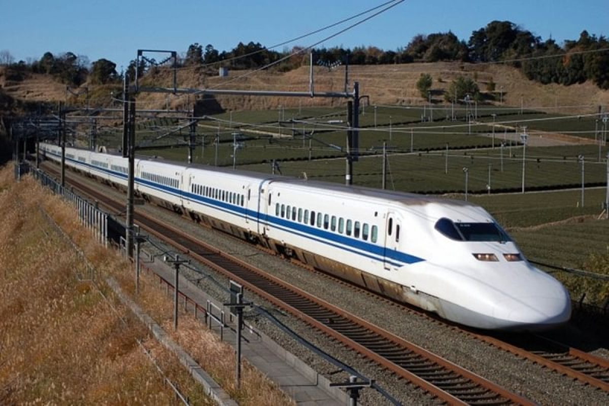 Centre eyes two new bullet train lines in Maharashtra