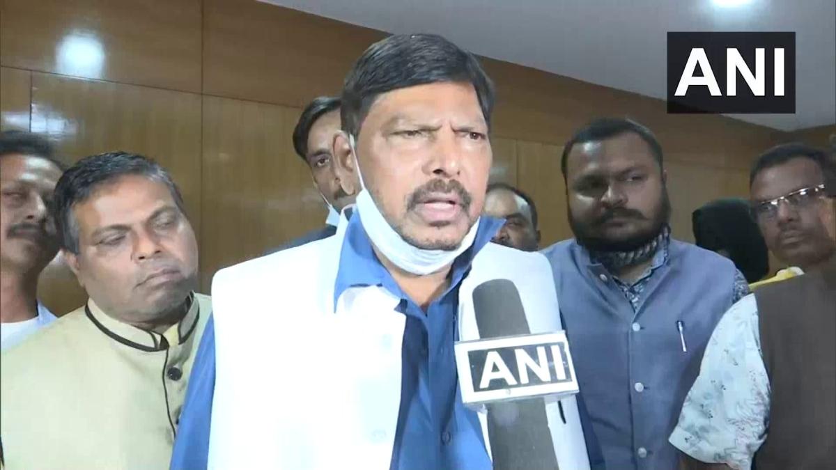 Antilia case: Ramdas Athawale seeks President's rule in Maharashtra