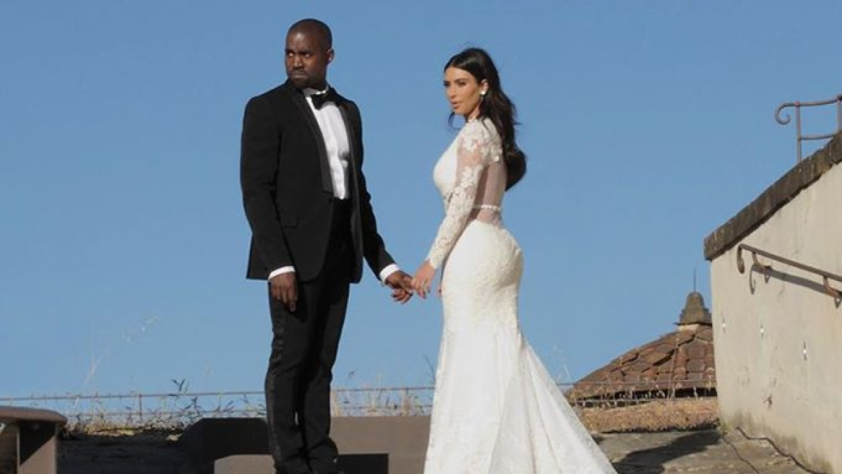 After 6 years of marriage, Kim Kardashian files for divorce from Kanye West