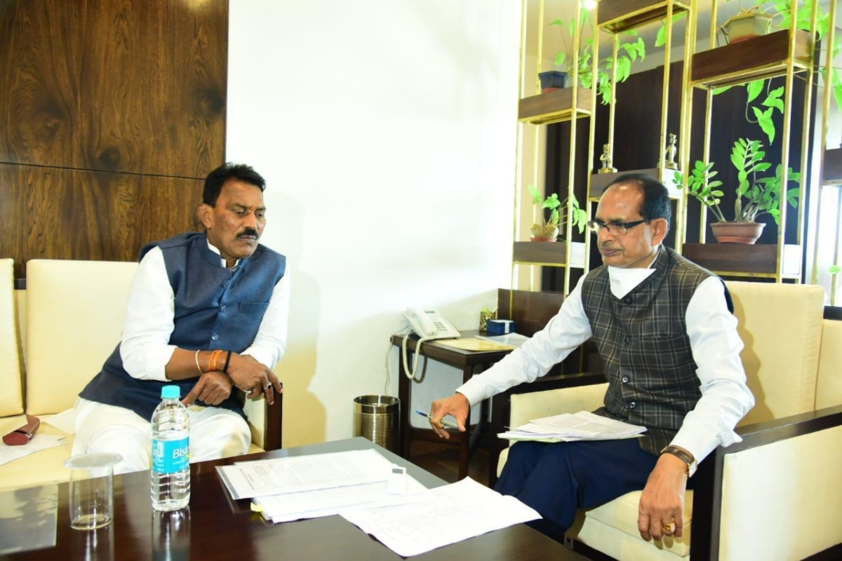 Water resources minister Tulsi Silawat meeting CM