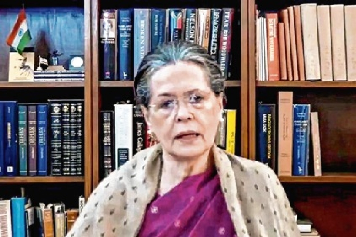 Follow Raj Dharma, reduce fuel prices: Sonia Gandhi writes to PM Modi