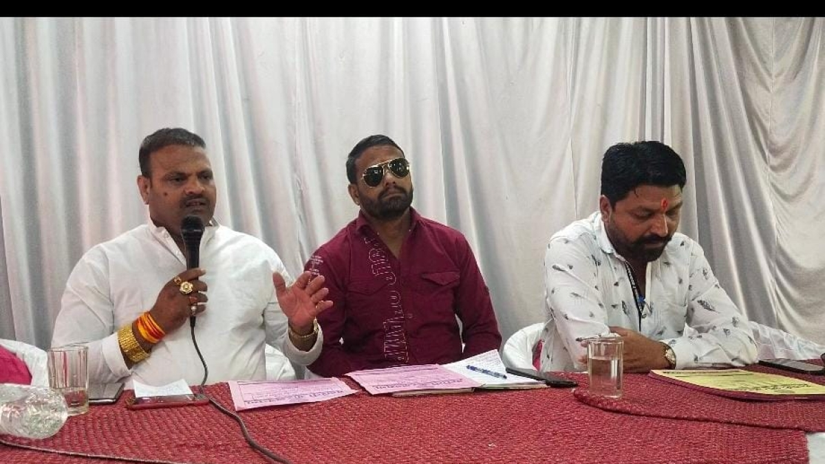 Rajput Karni Sena functionaries meet before Sunday's demonstration