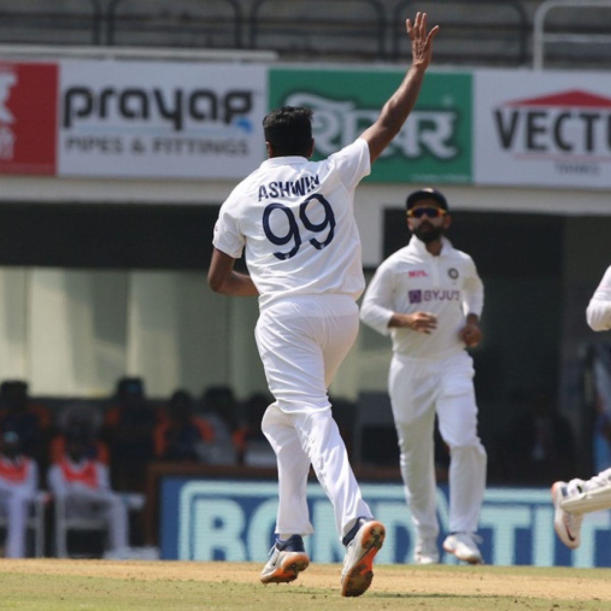 India vs England, 1st Test: England 67 for 2 at lunch on Day 1 of first Test against India