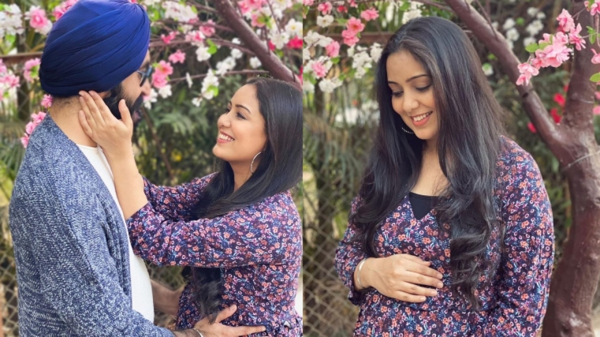 'Zaalima' singer Harshdeep Kaur expecting first child with husband Mankeet Singh