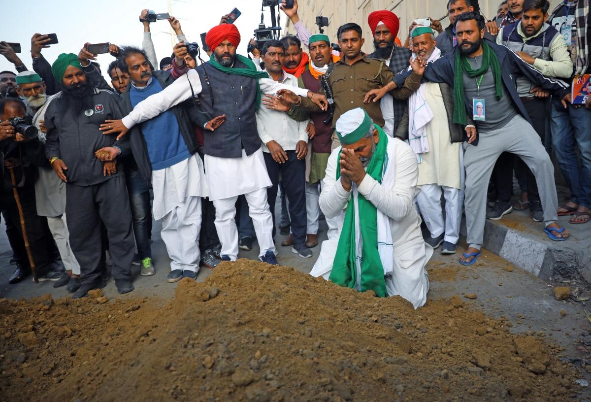 Uttar Pradesh: Farmers are fighting ideological battle with Centre, says BKU's Rakesh Tikait