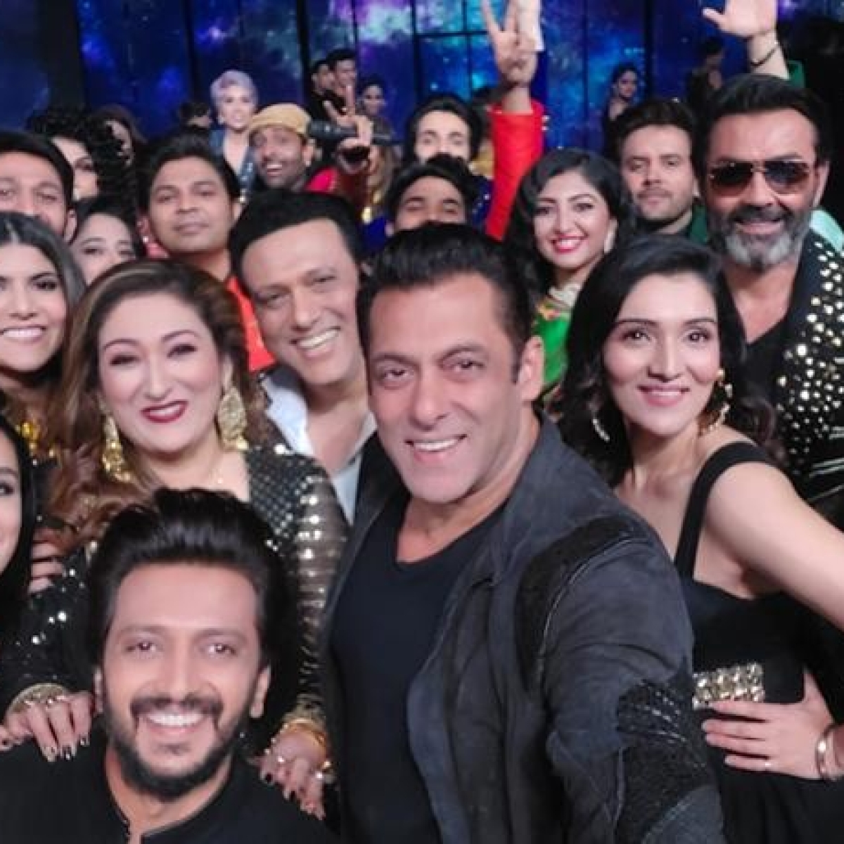 Check out Salman Khan's 'mega selfie' featuring Govinda, Bobby Deol, Shraddha Kapoor, Rajkummar Rao, and more