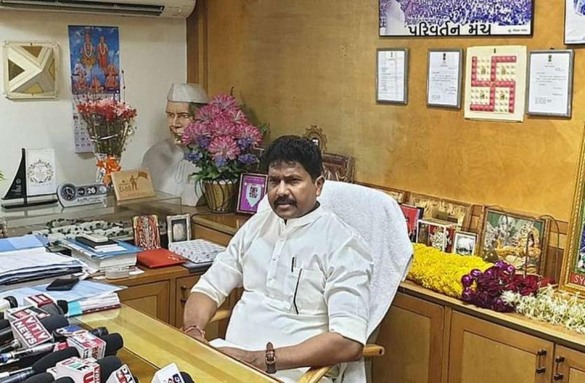 Dadra and Nagar Haveli MP Mohan Delkar found dead in Mumbai hotel, suicide suspected