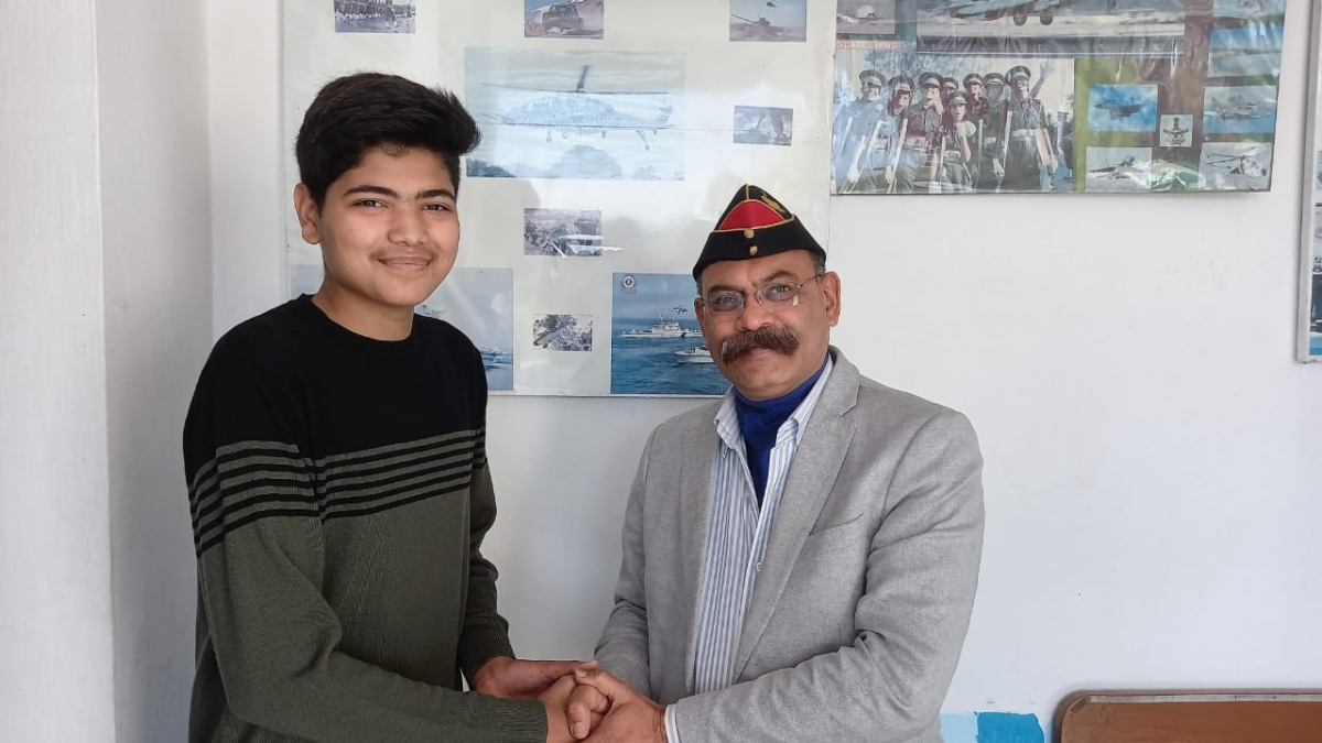 Naman Rajana ​who was selected to join Indian Navy BTech entry with his mentor Colonel (retd) Nikhil Diwanji