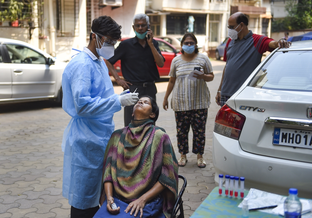 Mumbai: COVID-19 death toll crosses 14,000-mark; 2,116 test positive
