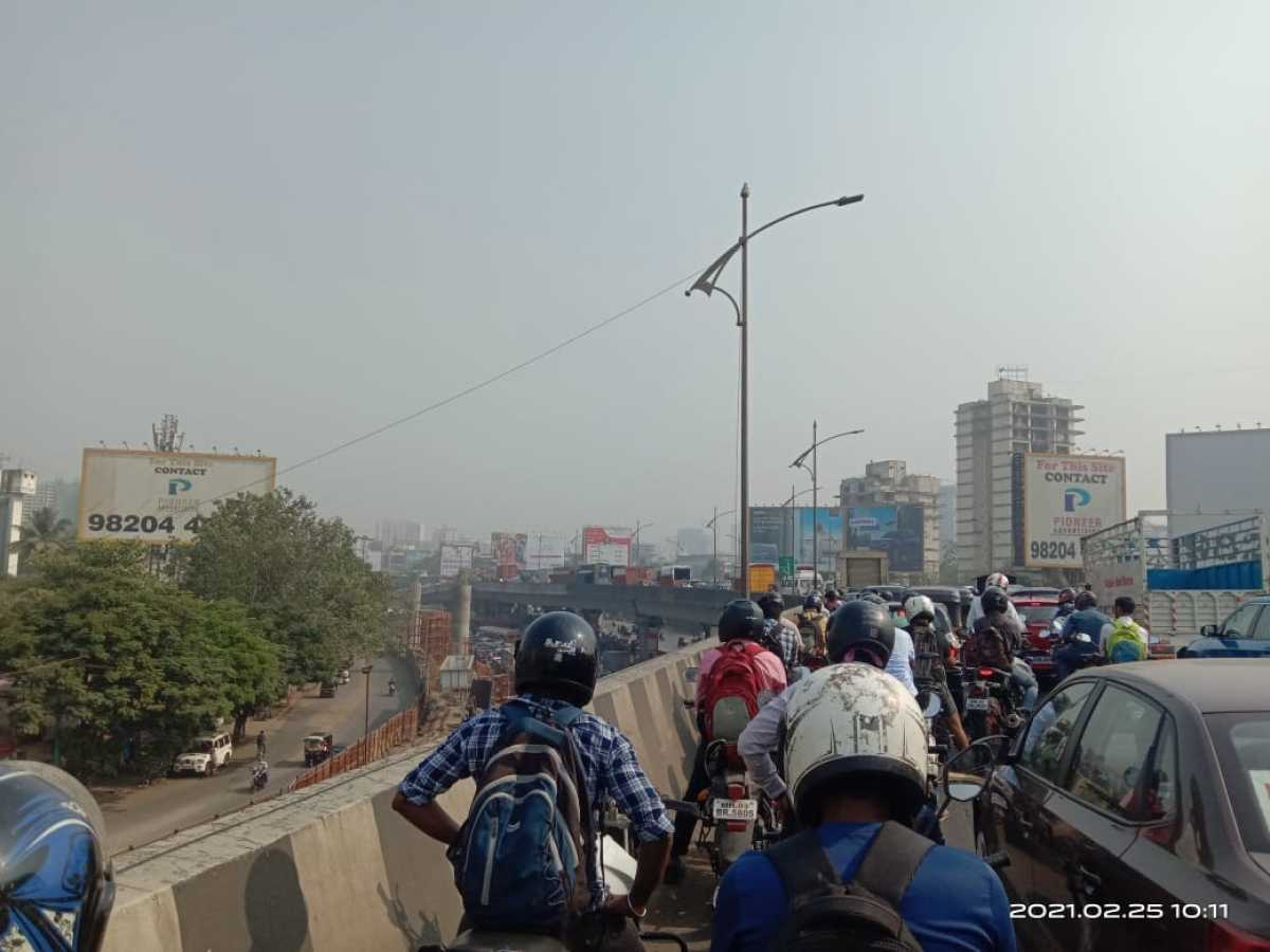 Thane: Road accident causes huge traffic snarl on Thane-Panvel route