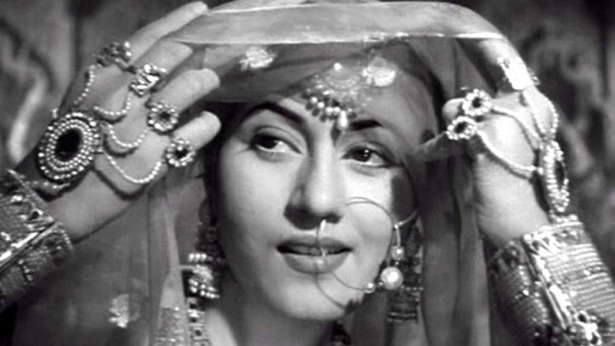 Madhubala death anniversary: From Mughal-e-Azam to 'Howrah Bridge', Top 5 films by the 'Venus of Bollywood'