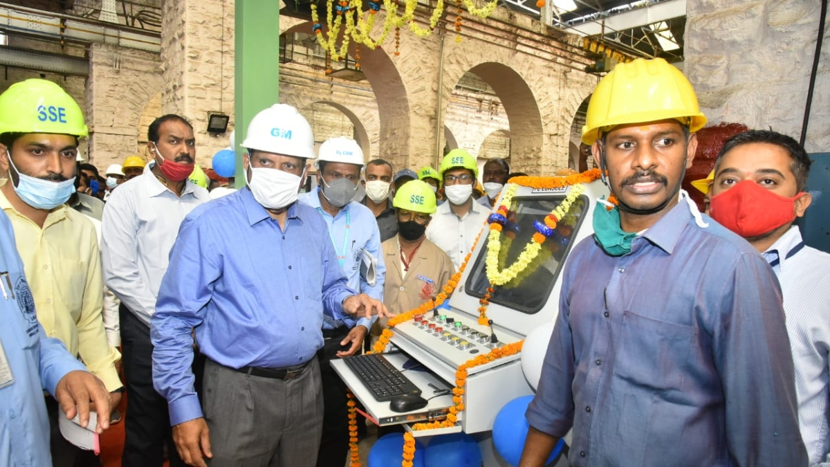 Ajay Kumar Singh, General Manager, South Western Railway conducts annual inspection of Carriage Repair Workshop, Hubballi