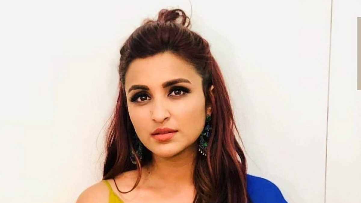 Parineeti Chopra artist-mother makes a painting to celebrate 'The Girl On The Train' release