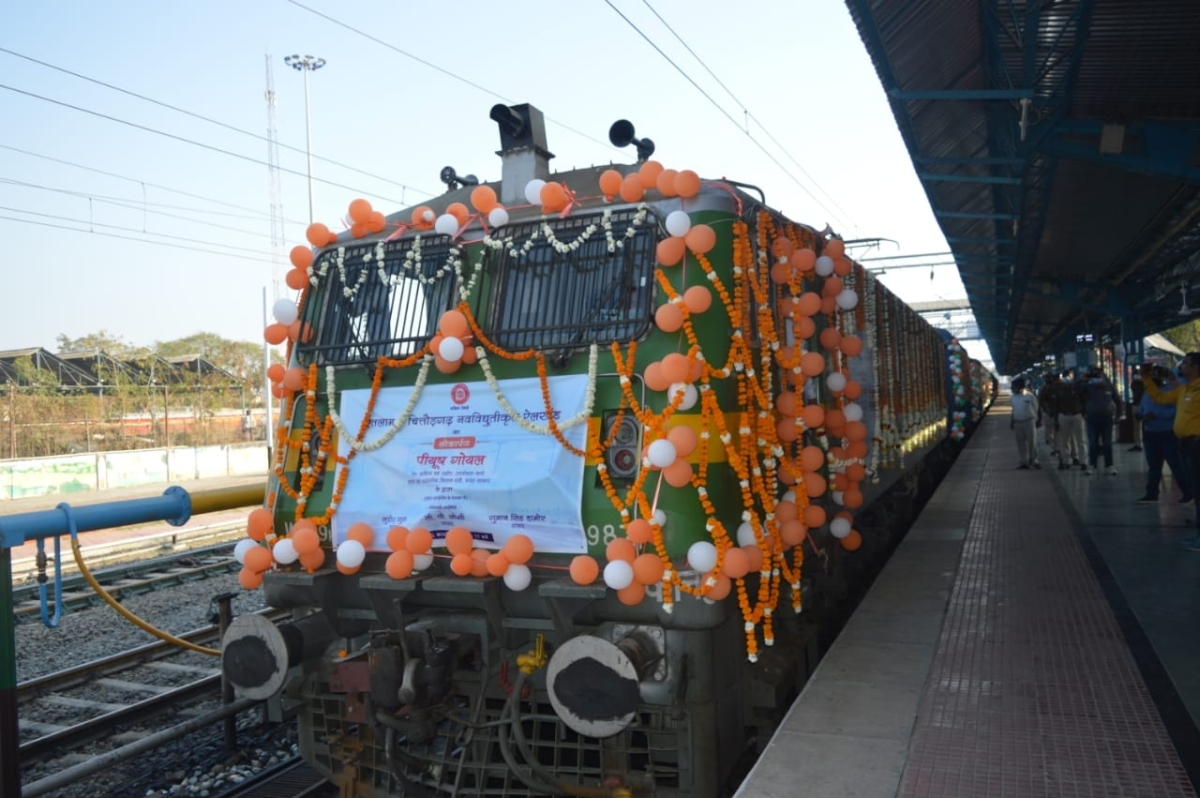 Madhya Pradesh: Running of the electric locos of Ratlam rail division flagged-off by Union rail minister Peeyush Goyal